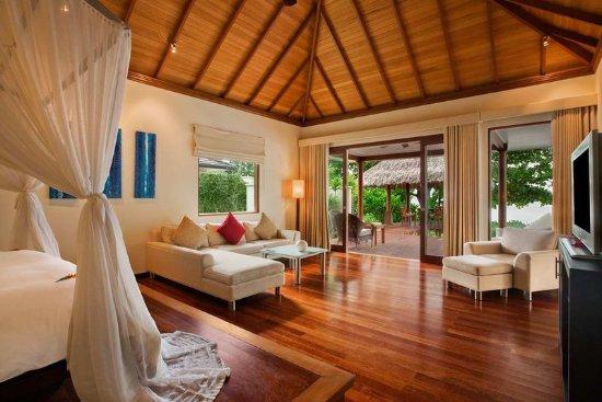 Hilton Seychelles Labriz Resort & Spa: Deluxe Beachfront Pool Villa