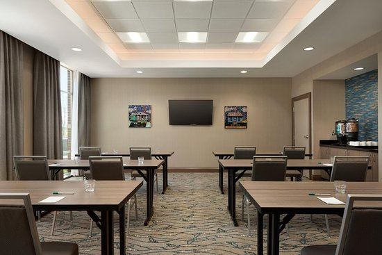 Meeting room photo de homewood suites by hilton southaven southaven tripadvisor for Hilton garden inn southaven ms