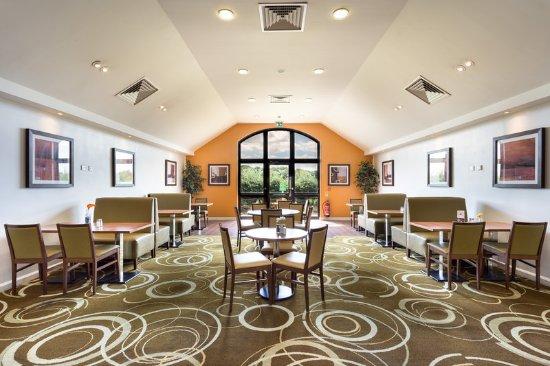 Holiday Inn Express Colchester: Restaurant
