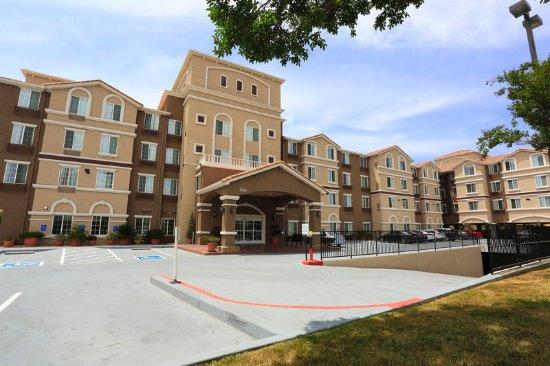 Milpitas, CA: Hotel Exterior
