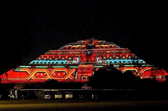 Mexico City Teotihuacan Light and Sound Show with Dinner