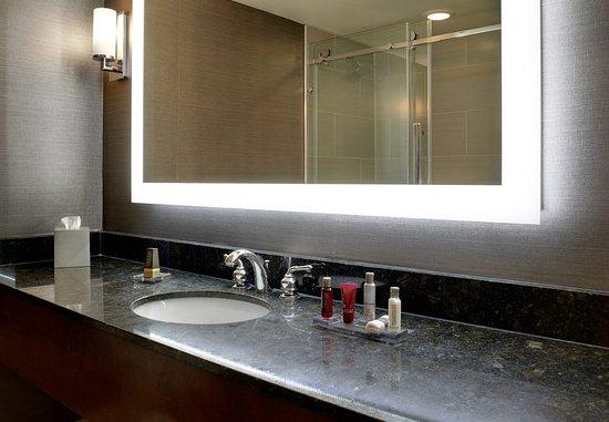 East Lansing, MI: Guest Bathroom Vanity