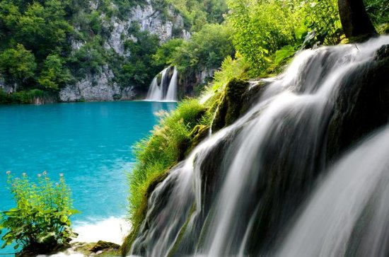 Full Day Small Group Plitvice Lakes...