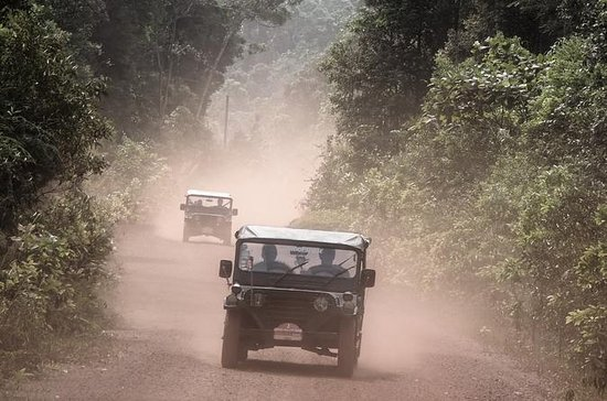 Phnom Kulen Sacred Mountain en jeep...
