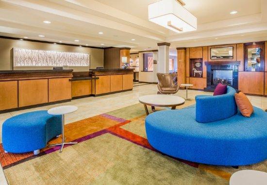 Turlock, CA: Lobby/Front Desk