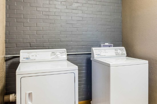 Buffalo, WY: Guest laundry facilities