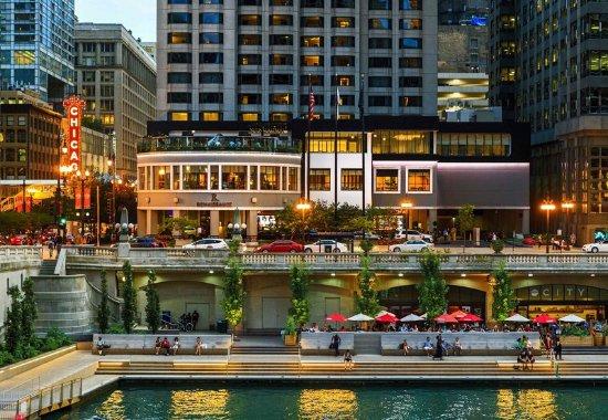 르네상스 시카고 호텔 이미지