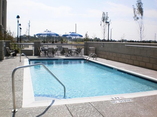 Holly Springs, NC: Outdoor Pool
