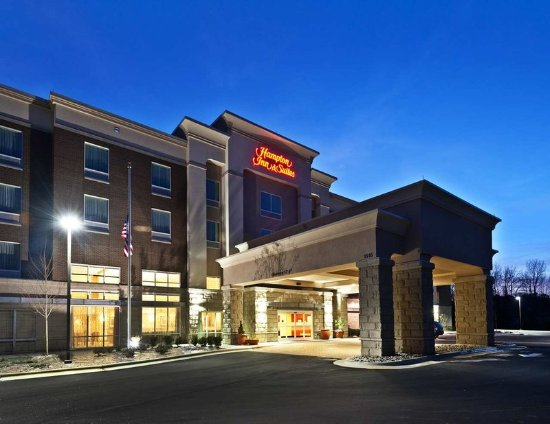 Welcome to the Hampton Inn & Suites Holly Springs