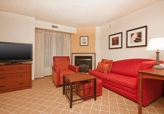 West Springfield, MA: Studio Suite - Living Area