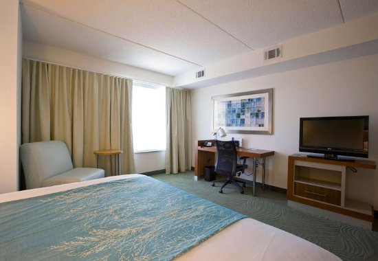 Athens, GA: King Suite Amenities