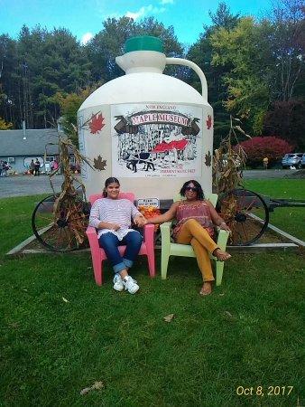 Woodstock, VT: Taftsville Covered Bridge