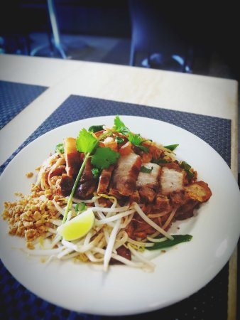 Tweed Heads, Australia: Pat Thai with Crispy pork(pork belly)