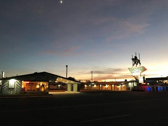 توكومكاري, نيو مكسيكو: photo0.jpg