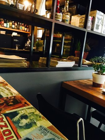 Ormos Korthiou, اليونان: Centro Coffee Cocktail Bar