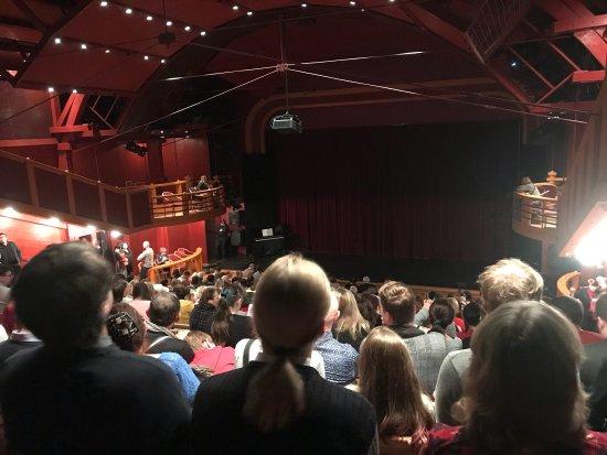 Na Fidlovacce Theatre