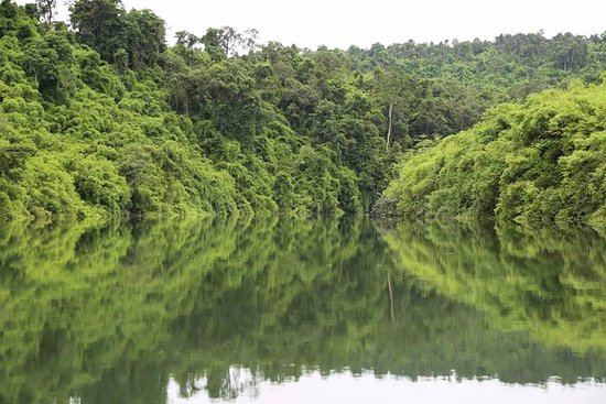 Banlung, Camboya: 2-3 Trekking in Virachey National Park with bamboo rafting