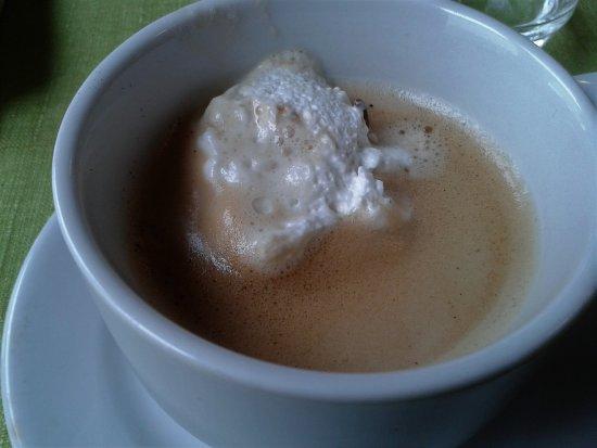 Merbes-le-Chateau, Belgique : une vraie crème fraiche