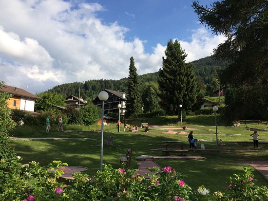 Things To Do in Grand Bisse de Vercorin, Restaurants in Grand Bisse de Vercorin