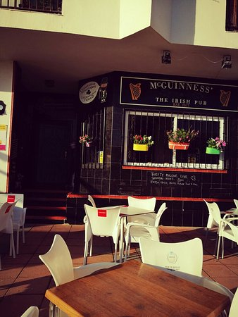 San Luis de Sabinillas, Spain: McGuinness The Irish Bar