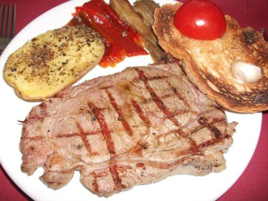 Nuestra carne picture of llar de foc barcelona for Mural nuestra carne