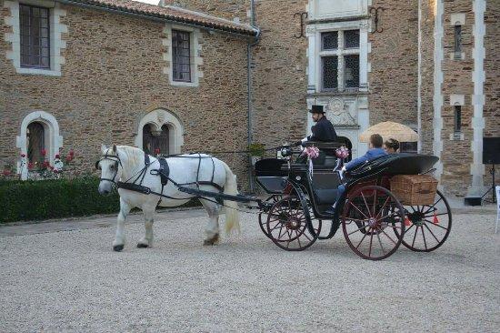 Salle transform e pour le bal photo de chateau de la for Chateau de la colaissiere