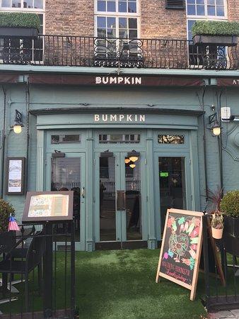Bumpkin South Kensington : Outside the Bumpkin
