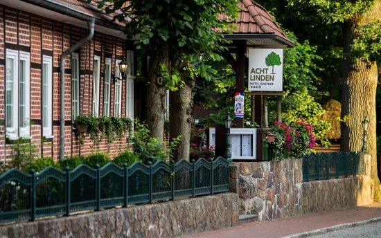 Acht Linden Hotel