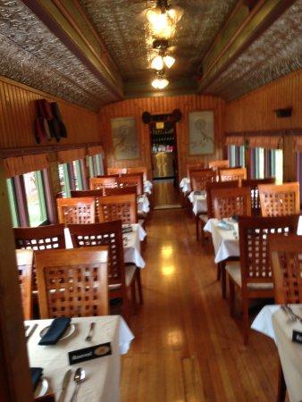 Train Station Inn: Dining Car