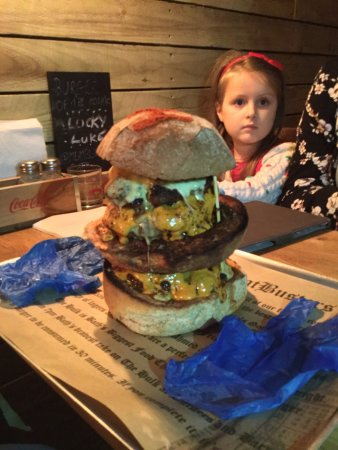 MeatBusters Burger Bar: photo1.jpg