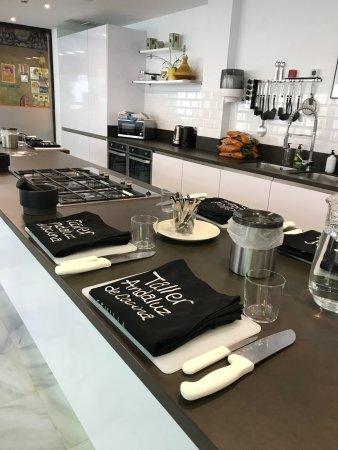 Bild von taller andaluz de cocina sevilla tripadvisor - Taller de cocina sevilla ...