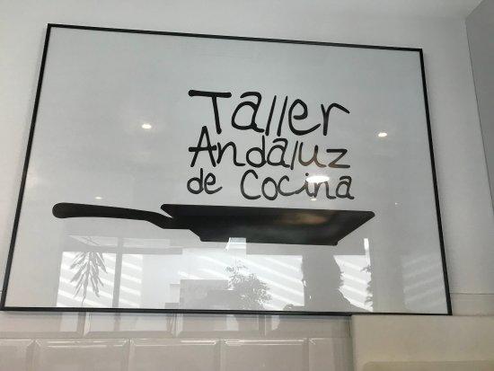 Bild von taller andaluz de cocina sevilla for Taller andaluz de cocina