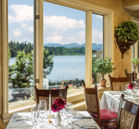 The View Restaurant at the Mirror Lake Inn : Beautiful view from the restaurant