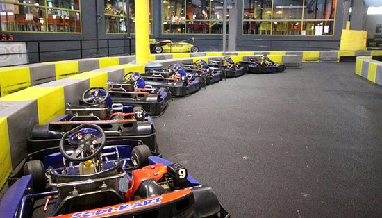 ‪Karting Indoor Provence‬