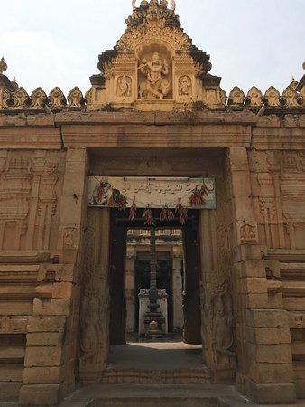 Mysore Maharajah's Palace (Amba Vilas): photo0.jpg