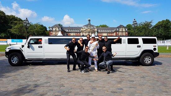 Bergheim, ألمانيا: Stag Partyhummer