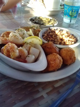 Corky Bell's Seafood: Seeing this again, I'm salivating! Hush puppies, scallops, YUM!