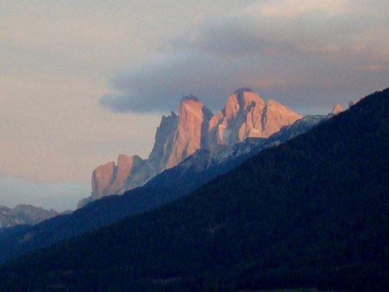 Villandro, Włochy: Le Odle al tramonto