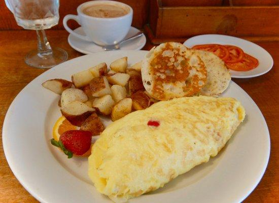 Middlebury, VT: Breakfast Omelet