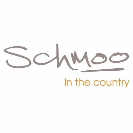 Tewkesbury, UK: Schmoo in the Country