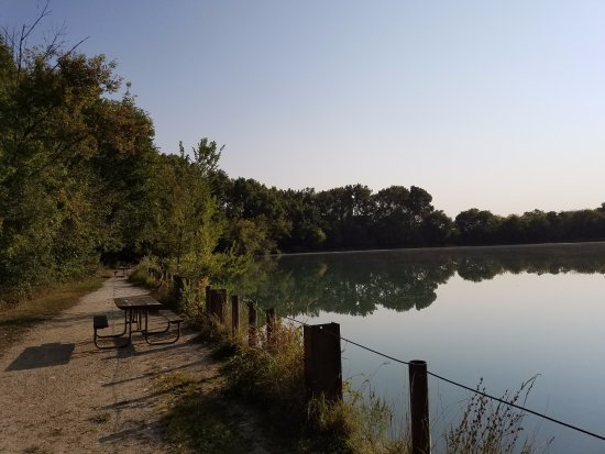 Yorkville, IL: Great trails to walk on and very scenic. Lots of birds and other animals. Great place to take pi