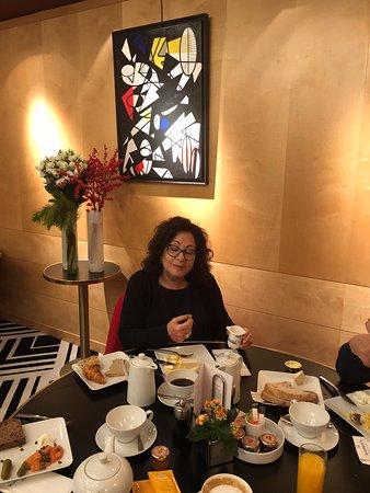 Warwick Paris : ריבקי בארוחת בוקר