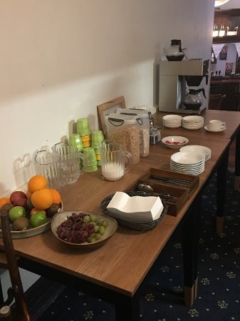 The Mercantile Hotel: Continental Breakfast in the morning