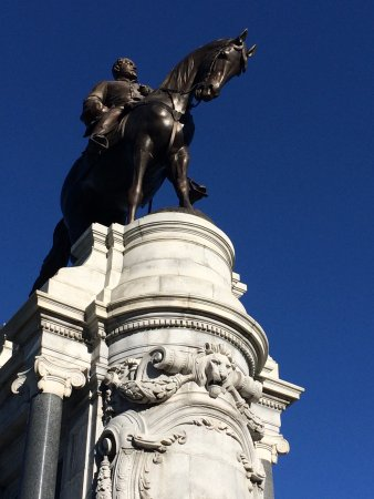 Monument Avenue: photo1.jpg