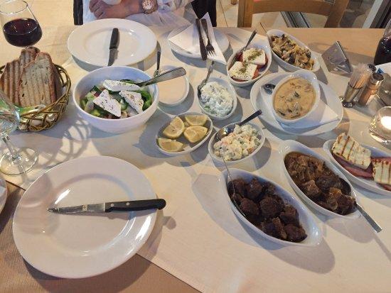 Foto de acropolis restaurant ayia napa for Acropolis cuisine