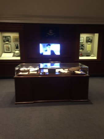 John F. Kennedy Presidential Museum & Library : photo1.jpg