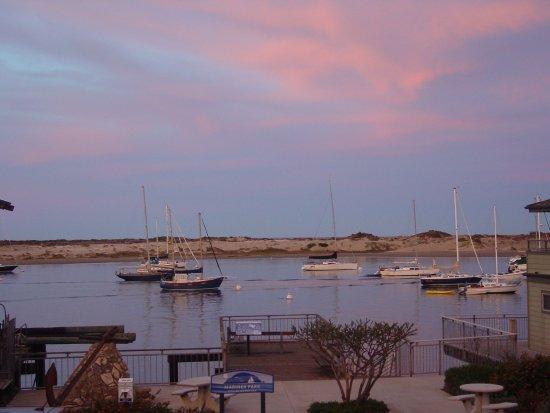 Foto de 456 Embarcadero Inn & Suites