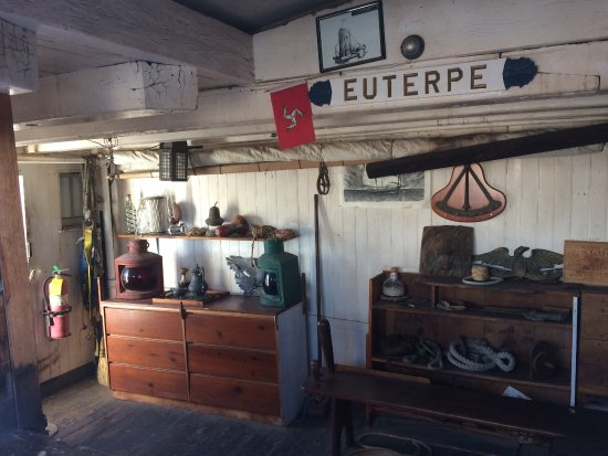 Maritime Museum of San Diego : Workshop on the Star of India (Euterpe)