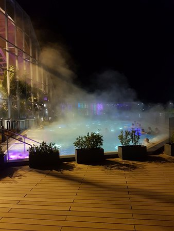 Therme Bucuresti: one of the multiple outdoor jacuzzis in the end of November