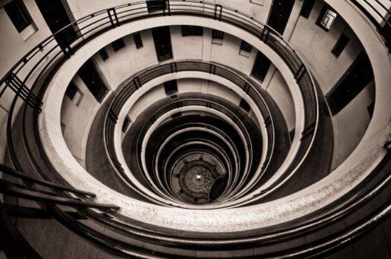 Saint-Etienne, France: Maison sans escalier